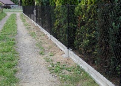 ogrodzenie i podmurówka