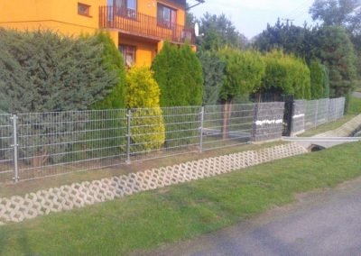 ogrodzenie panelowe i gabionowe