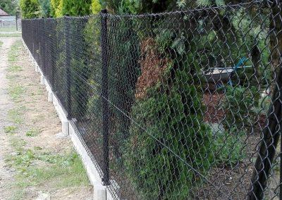siatka ogrodzeniowa czarna