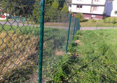 zielona siatka ogrodzeniowa